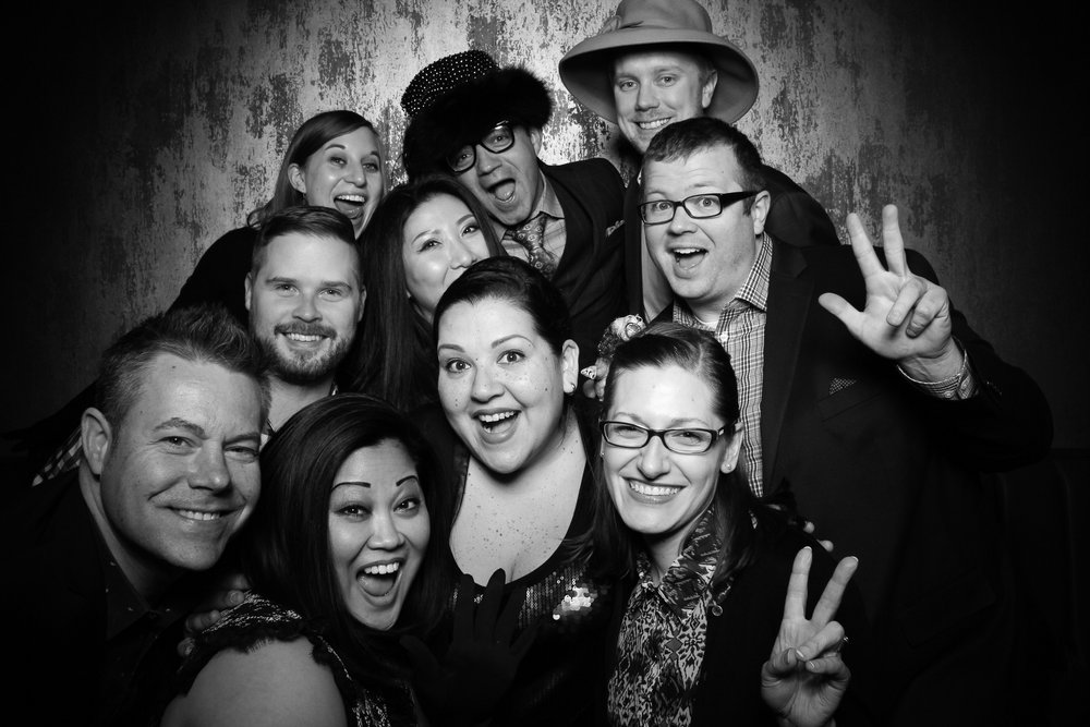 Untitled_Supper_Club_Corporate_Party_Vintage_Photo_Booth_02.jpg