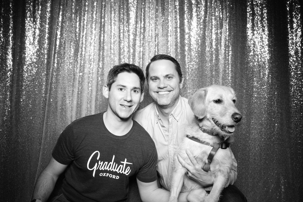 Dog_Friendly_Photo_Booth_Chicago_02.jpg