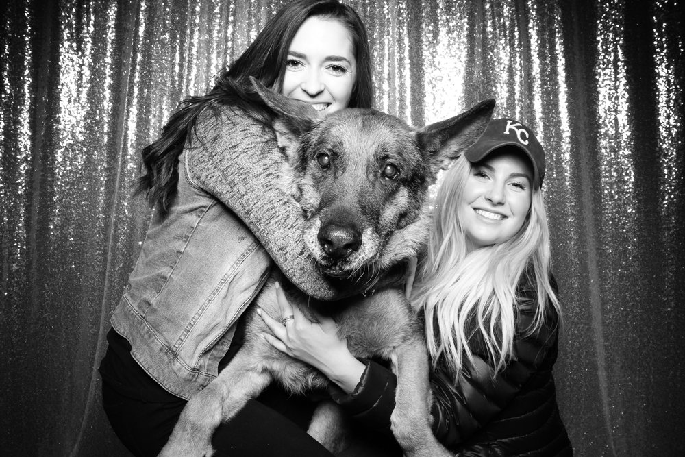 Dog_Friendly_Photo_Booth_Chicago_01.jpg