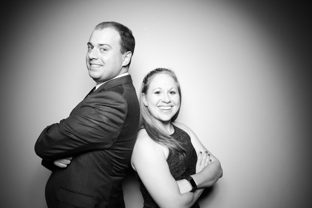 Bridgeport_Art_Center_Vintage_Wedding_Photo_Booth_02.jpg