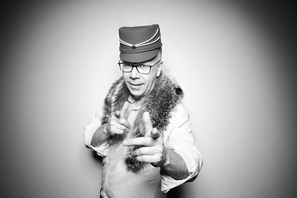 Bridgeport_Art_Center_Vintage_Wedding_Photo_Booth_29.jpg