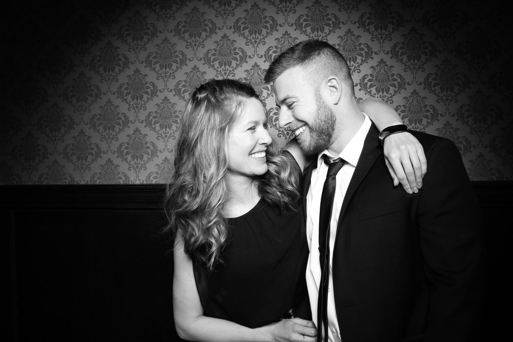 Stan_Mansion_Wedding_Photo_Booth_Logan_Square_08.jpg