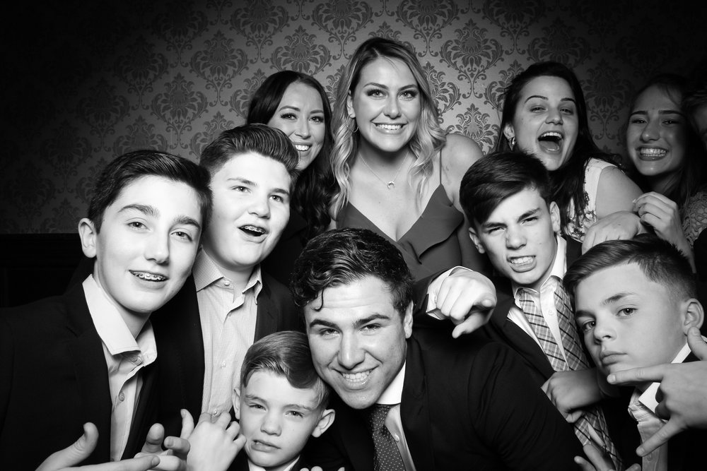 Stan_Mansion_Wedding_Photo_Booth_Logan_Square_09.jpg