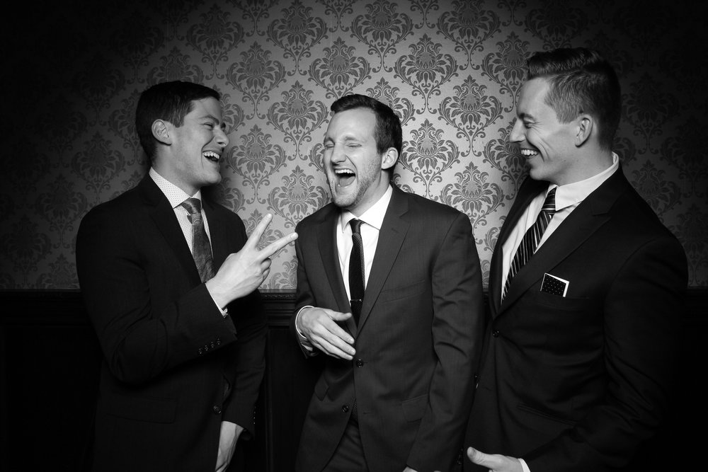 Stan_Mansion_Wedding_Photo_Booth_Logan_Square_10.jpg