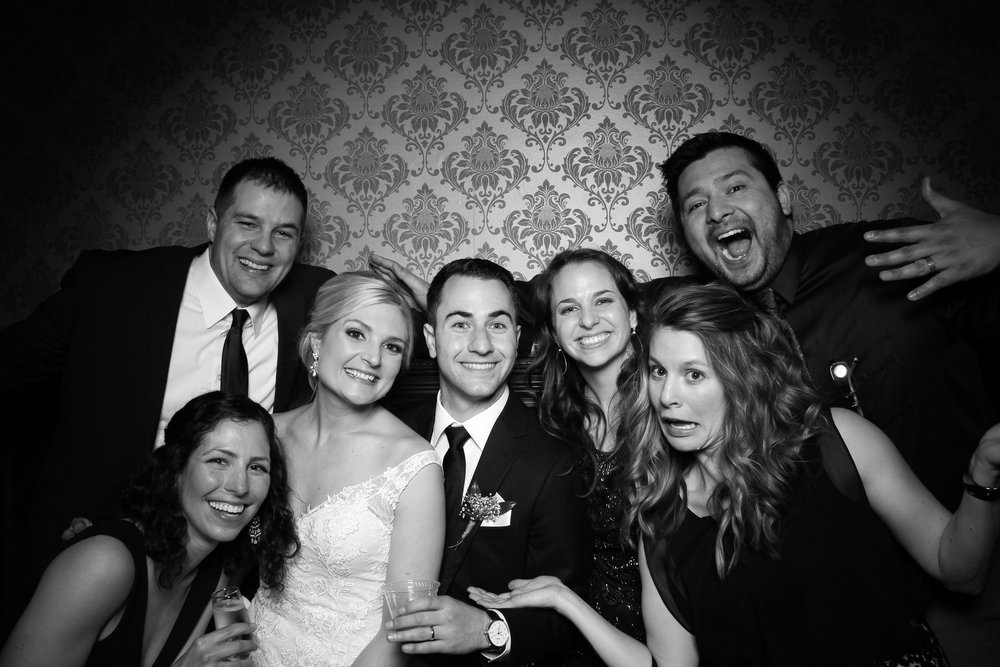 Stan_Mansion_Wedding_Photo_Booth_Logan_Square_13.jpg