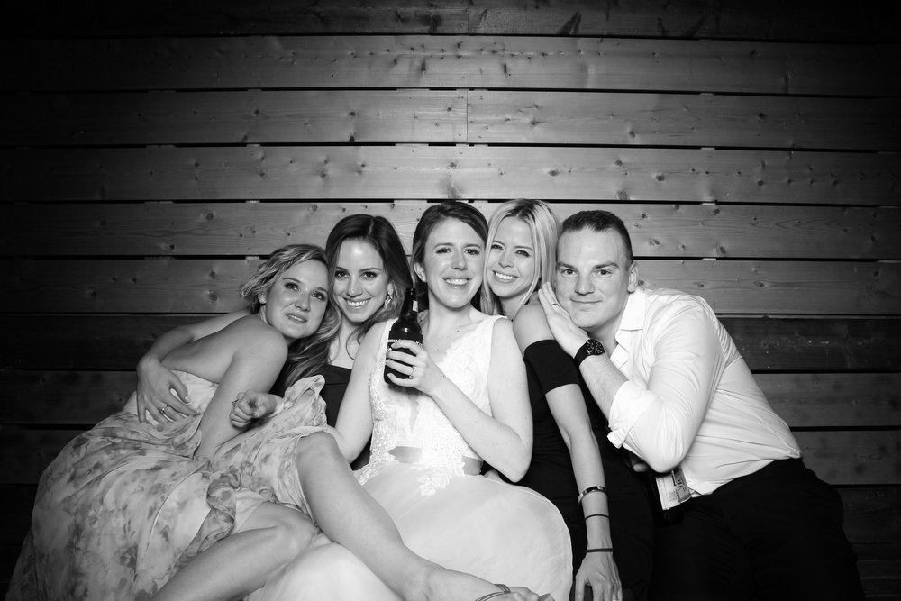 Lacuna_Artist_Lofts_Wedding_Photo_Booth_Reverie_Gallery_Chicago_Pilsen_Event_24.jpg