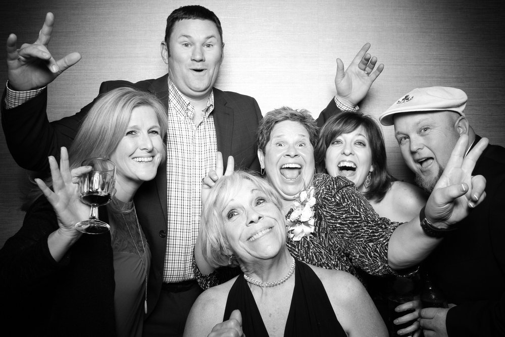 St_Patricks_Day_Wedding_Photo_Booth_Tinley_Park_Odyssey_Country_Club_11.jpg