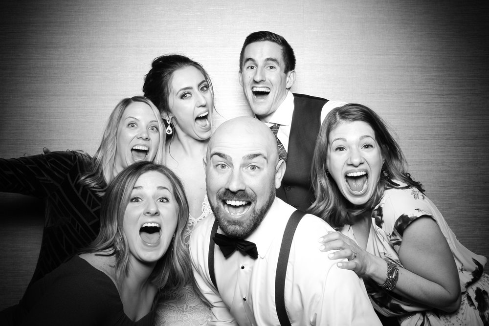 St_Patricks_Day_Wedding_Photo_Booth_Tinley_Park_Odyssey_Country_Club_26.jpg