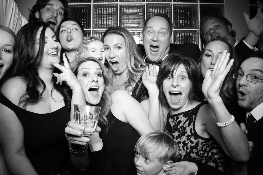 Thompson_Hotel_Chicago_Wedding_Photo_Booth_Rental_07.jpg