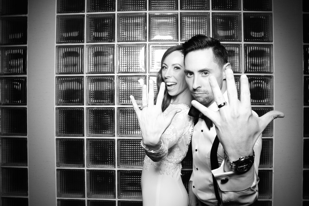 Thompson_Hotel_Chicago_Wedding_Photo_Booth_Rental_16.jpg