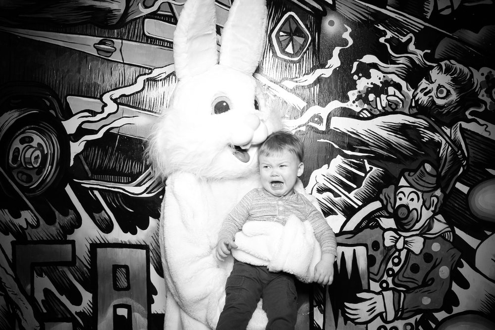 Easter_Bunny_Photo_Booth_Chicago_Logan_Square_Farmers_Market_11.jpg