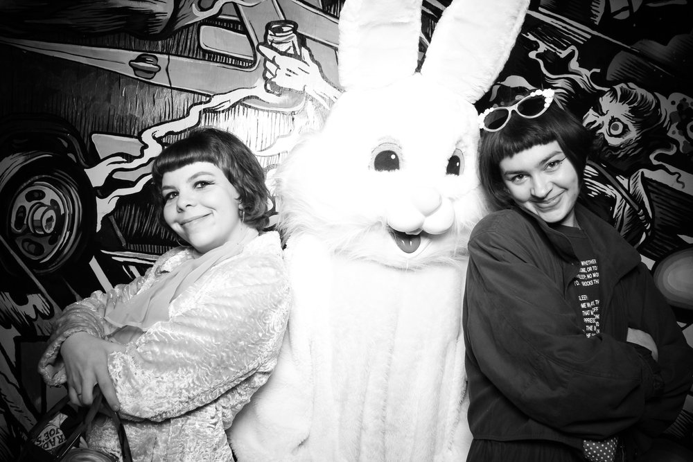 Easter_Bunny_Photo_Booth_Chicago_Logan_Square_Farmers_Market_20.jpg
