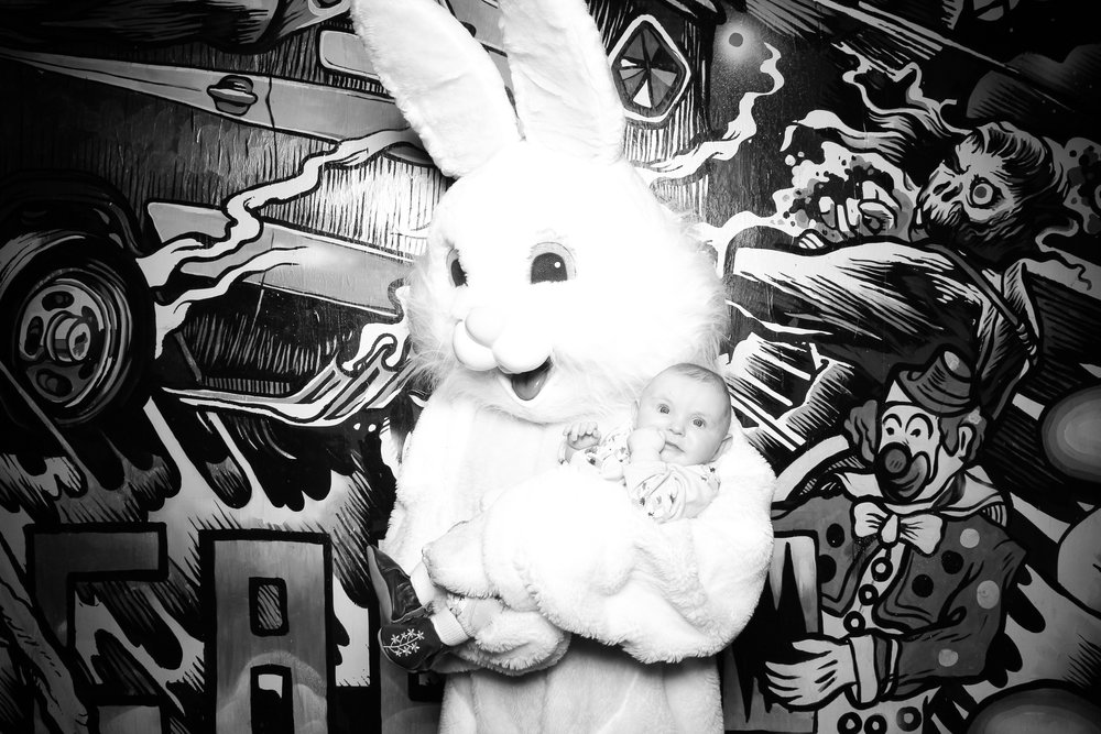 Easter_Bunny_Photo_Booth_Chicago_Logan_Square_Farmers_Market_21.jpg