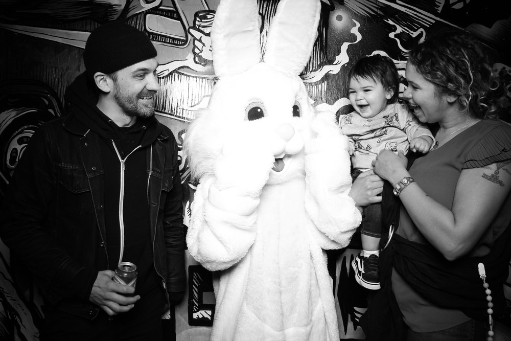 Easter_Bunny_Photo_Booth_Chicago_Logan_Square_Farmers_Market_23.jpg