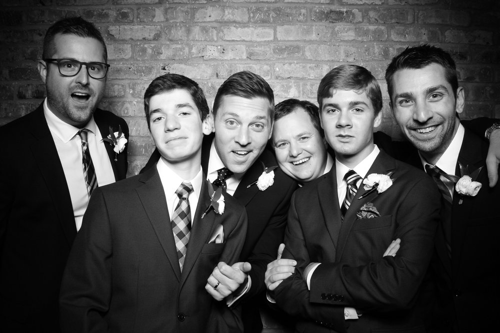 Loft_Lucia_Wedding_Photo_Booth_West_Loop_13.jpg