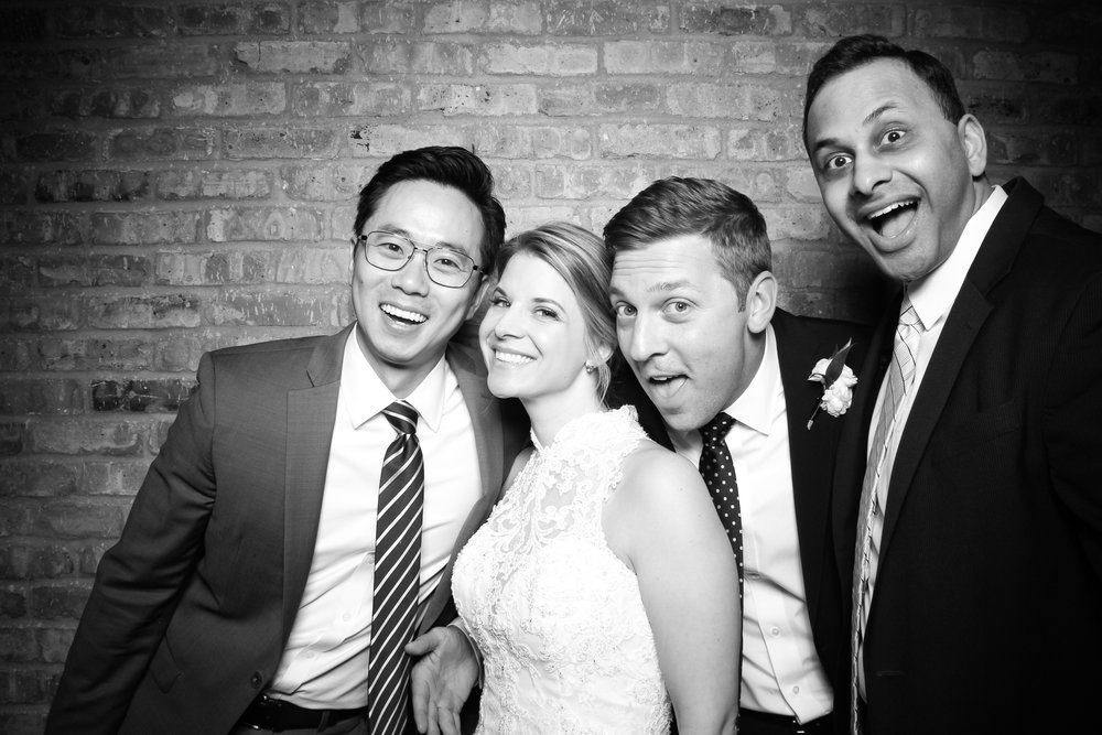 Loft_Lucia_Wedding_Photo_Booth_West_Loop_20.jpg