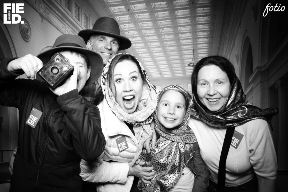 Chicago_Field_Museum_Photo_Booth_Rental_Stanley_Field_Hall_16.jpg