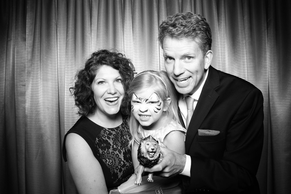 Drake_Hotel_Event_Graduation_Photo_Booth_Chicago_03.jpg