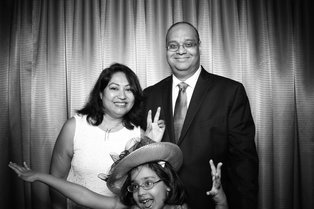 Drake_Hotel_Event_Graduation_Photo_Booth_Chicago_08.jpg