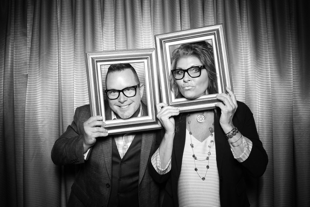 Drake_Hotel_Event_Graduation_Photo_Booth_Chicago_15.jpg