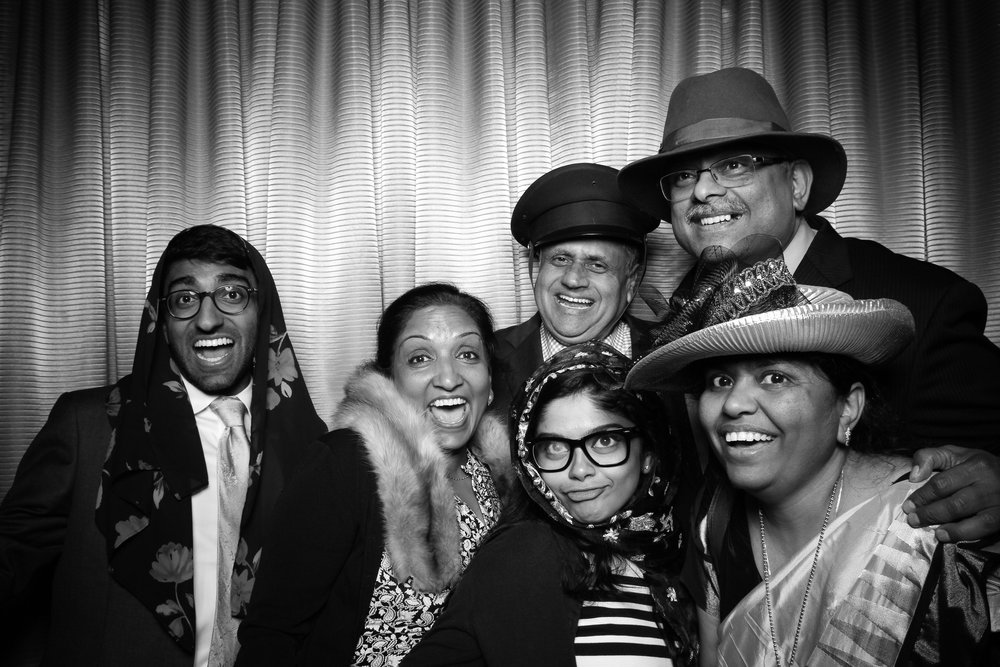 Drake_Hotel_Event_Graduation_Photo_Booth_Chicago_27.jpg