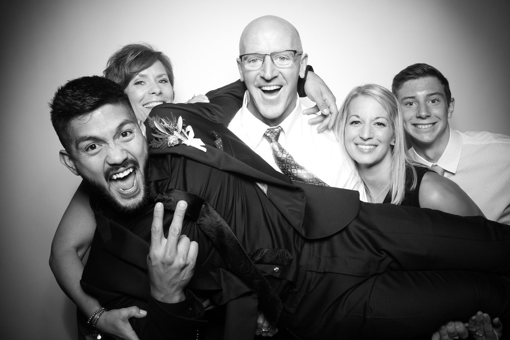 Kardashian_Photo_Booth_Wedding_Chicago_11.jpg