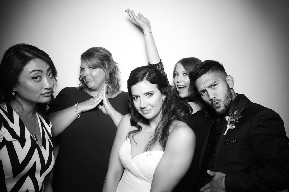 Kardashian_Photo_Booth_Wedding_Chicago_14.jpg
