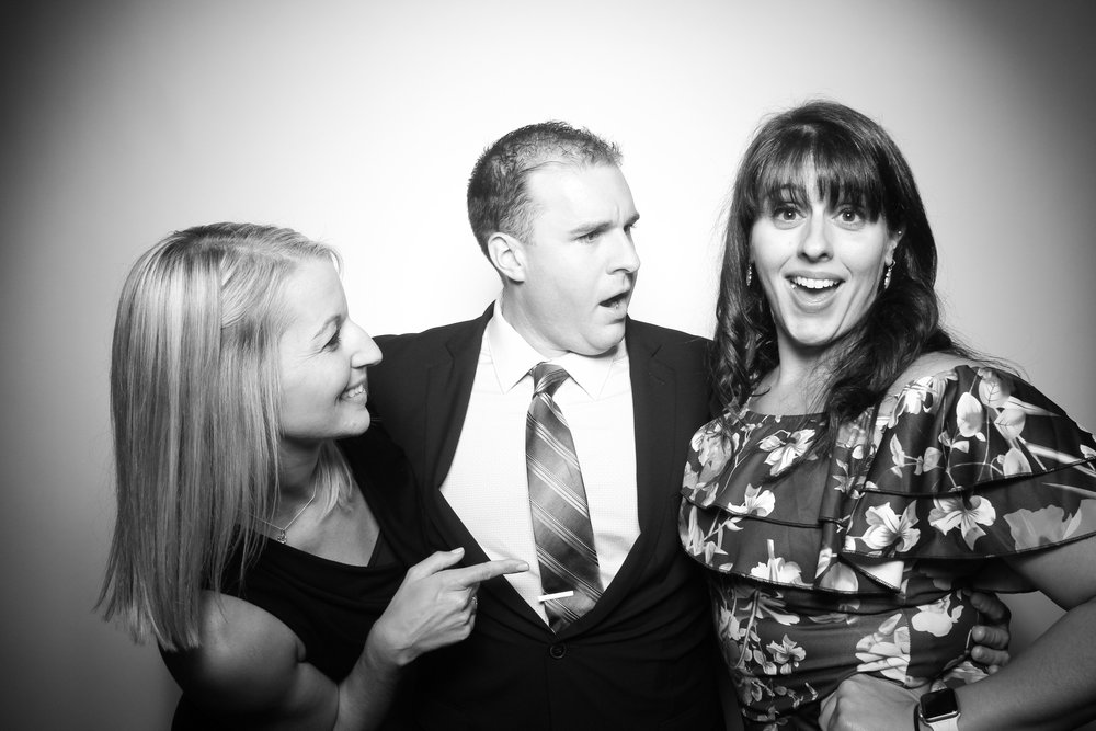 Kardashian_Photo_Booth_Wedding_Chicago_16.jpg