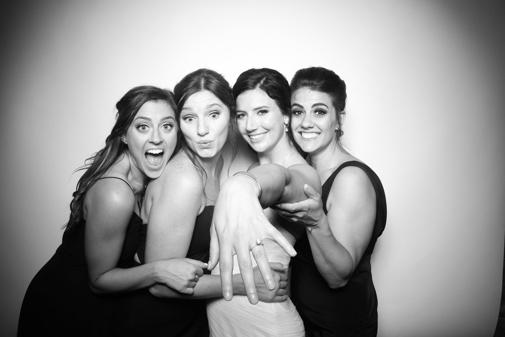 Kardashian_Photo_Booth_Wedding_Chicago_20.jpg