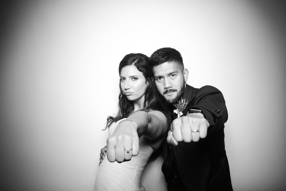Kardashian_Photo_Booth_Wedding_Chicago_21.jpg