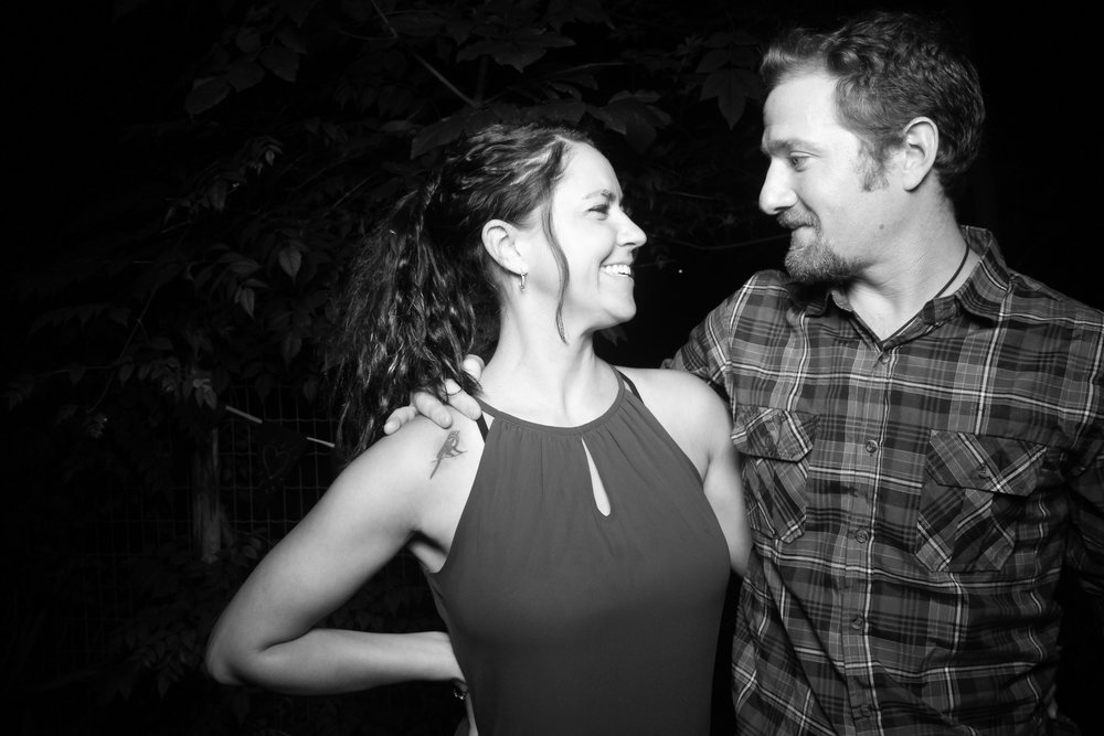 Chicago_Backyard_Wedding_Photo_Booth_01.jpg