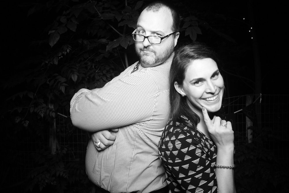 Chicago_Backyard_Wedding_Photo_Booth_10.jpg