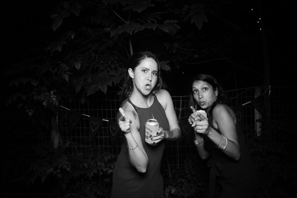 Chicago_Backyard_Wedding_Photo_Booth_22.jpg