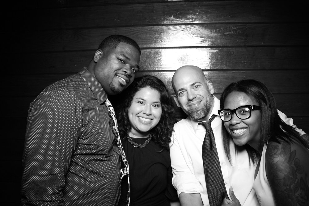 Starved_Rock_Lodge_Wedding_Reception_Photo_Booth_02.jpg