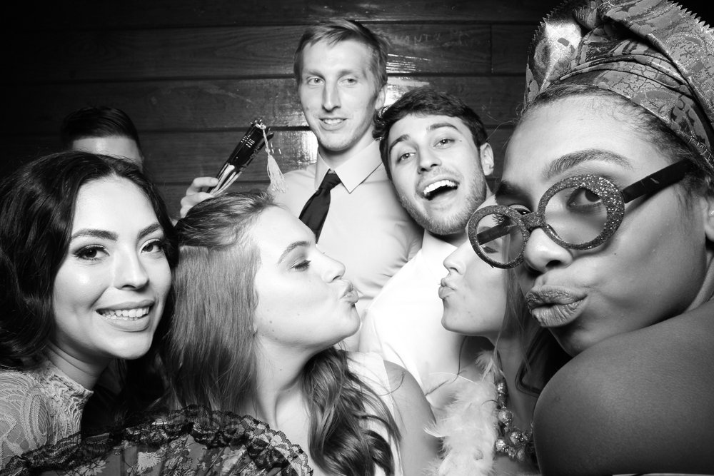 Starved_Rock_Lodge_Wedding_Reception_Photo_Booth_10.jpg