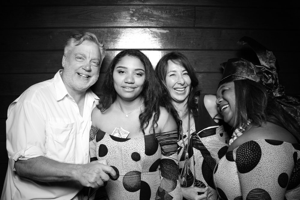 Starved_Rock_Lodge_Wedding_Reception_Photo_Booth_14.jpg
