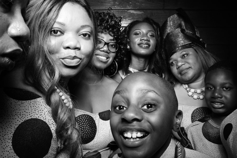 Starved_Rock_Lodge_Wedding_Reception_Photo_Booth_16.jpg