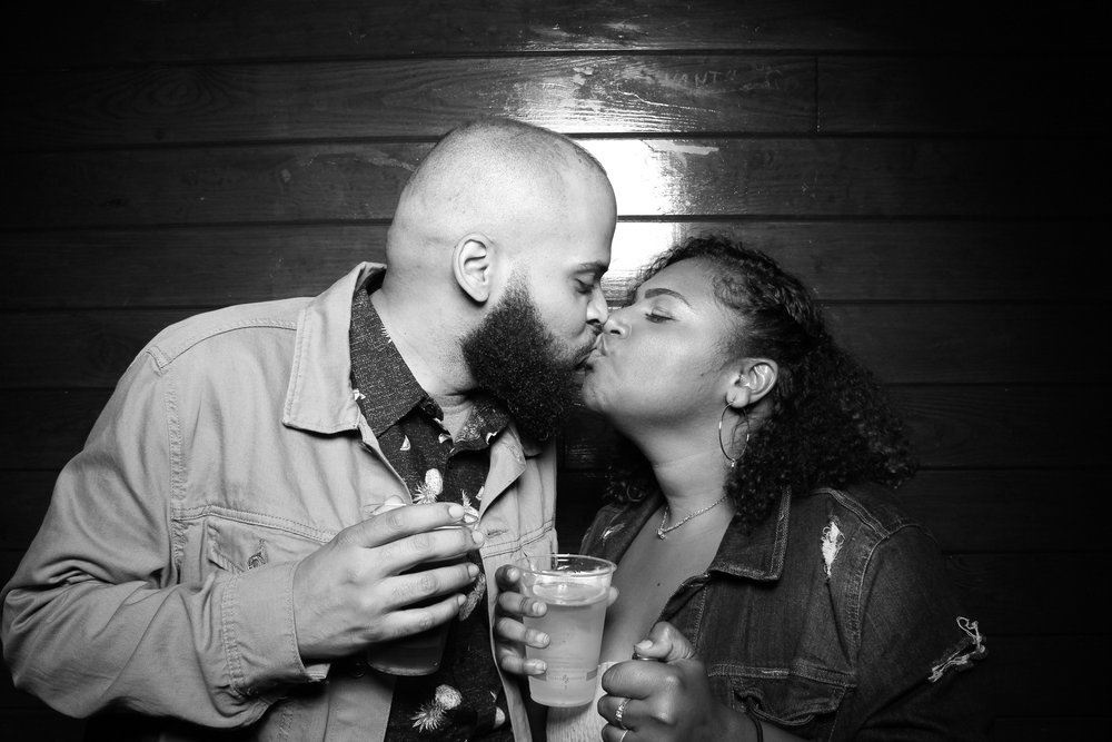Starved_Rock_Lodge_Wedding_Reception_Photo_Booth_17.jpg