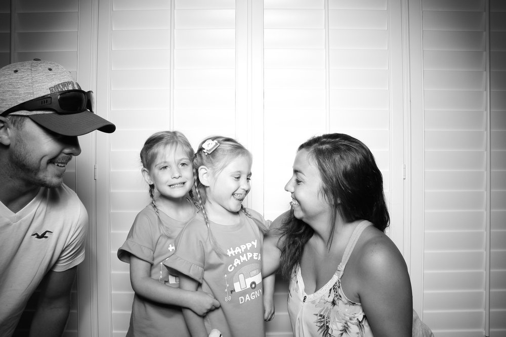 Kids_Birthday_Party_Photo_Booth_Plainfield_Chicago_IL04.jpg