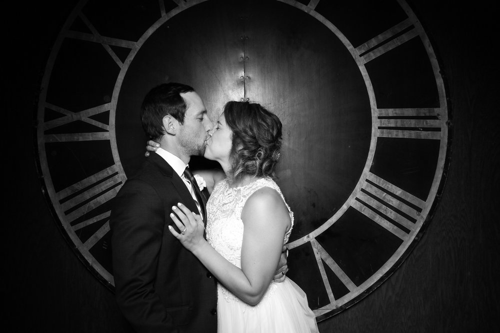 Architectural_Artifacts_Wedding_Photo_Booth_09.jpg