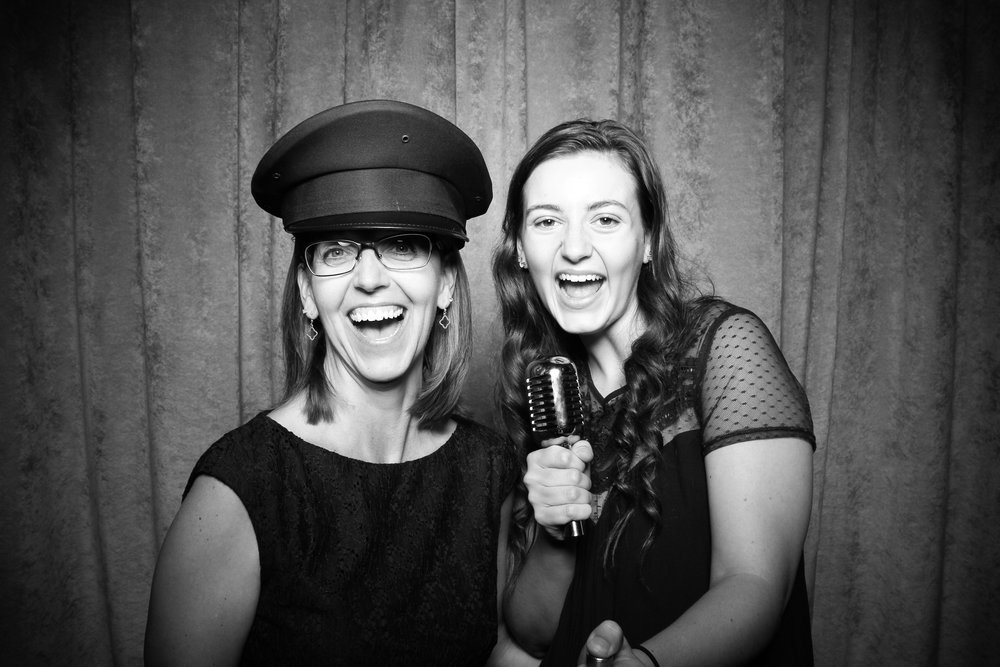 Eaglewood_Country_Club_Wedding_Photo_Booth_Itasca_04.jpg