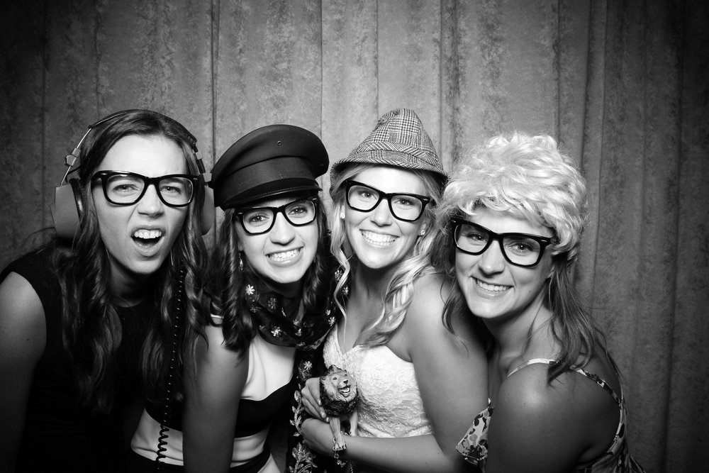 Eaglewood_Country_Club_Wedding_Photo_Booth_Itasca_07.jpg