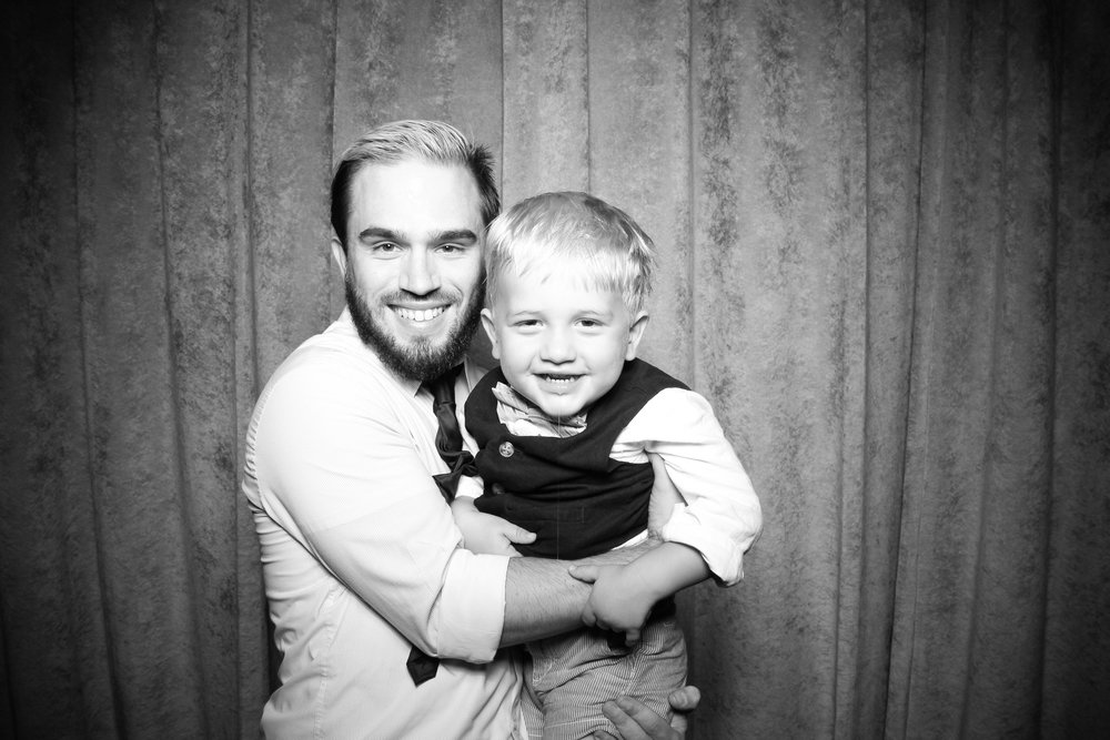 Eaglewood_Country_Club_Wedding_Photo_Booth_Itasca_14.jpg