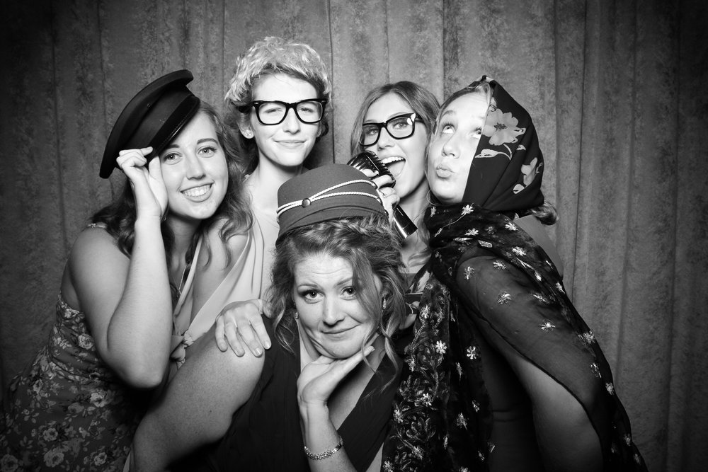 Eaglewood_Country_Club_Wedding_Photo_Booth_Itasca_16.jpg