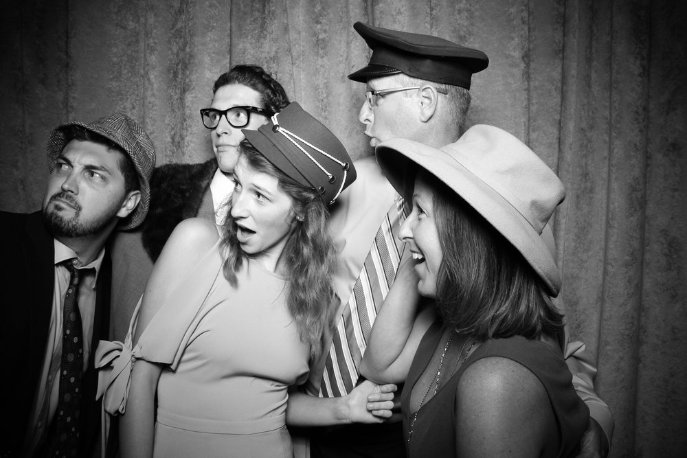 Eaglewood_Country_Club_Wedding_Photo_Booth_Itasca_19.jpg