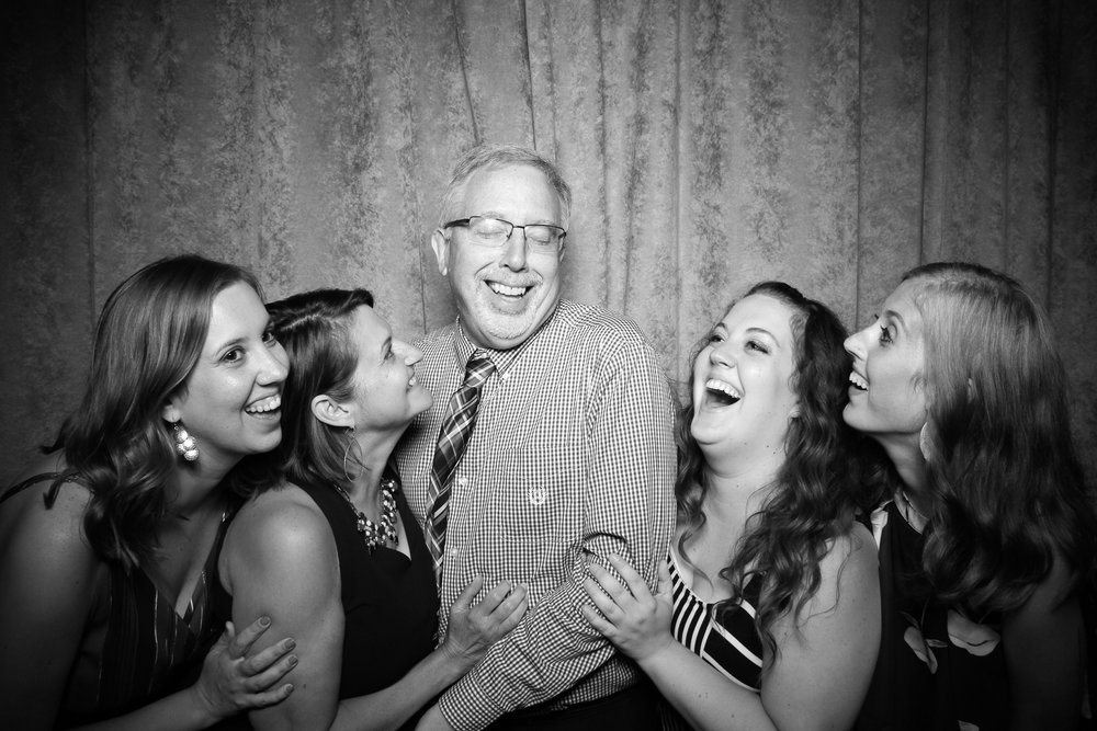 Eaglewood_Country_Club_Wedding_Photo_Booth_Itasca_18.jpg