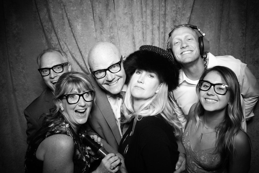 Eaglewood_Country_Club_Wedding_Photo_Booth_Itasca_22.jpg