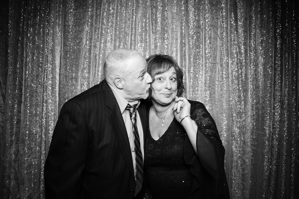 Chicago_Vintage_Wedding_Photobooth_Cog_Hill_Country_Club_Lemont_03.jpg