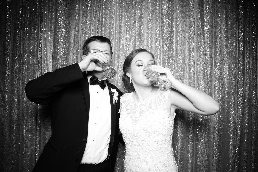 Chicago_Vintage_Wedding_Photobooth_Cog_Hill_Country_Club_Lemont_07.jpg