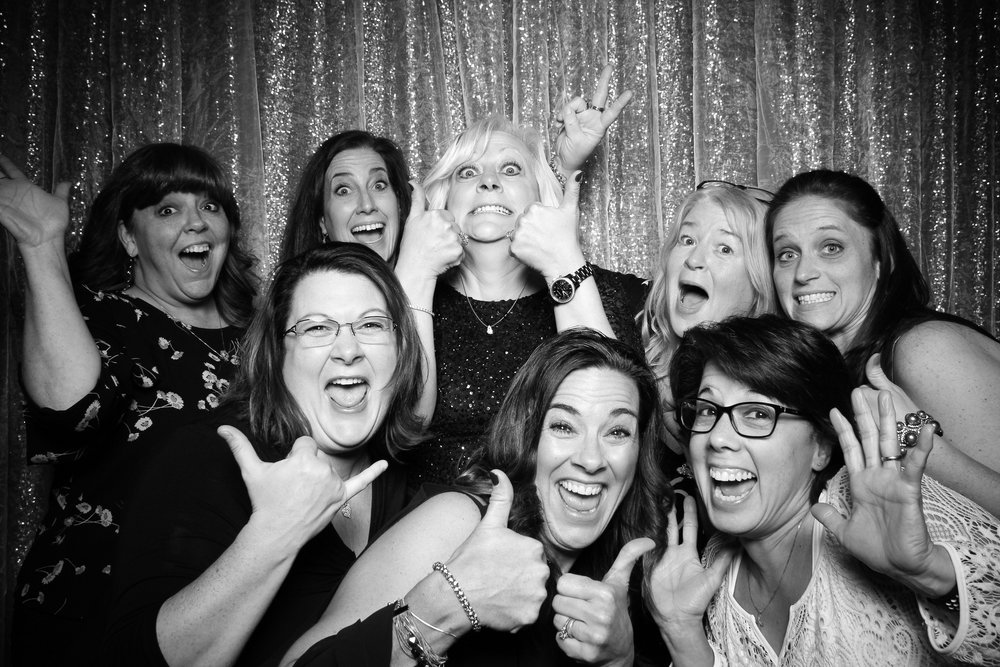 Chicago_Vintage_Wedding_Photobooth_Cog_Hill_Country_Club_Lemont_12.jpg